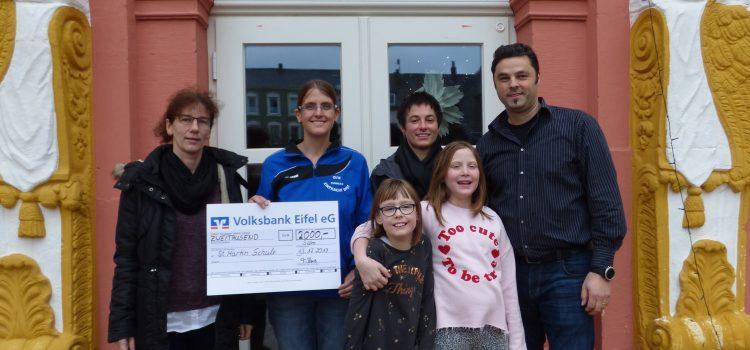 DJK Eintracht DIST spendet 2000 Euro